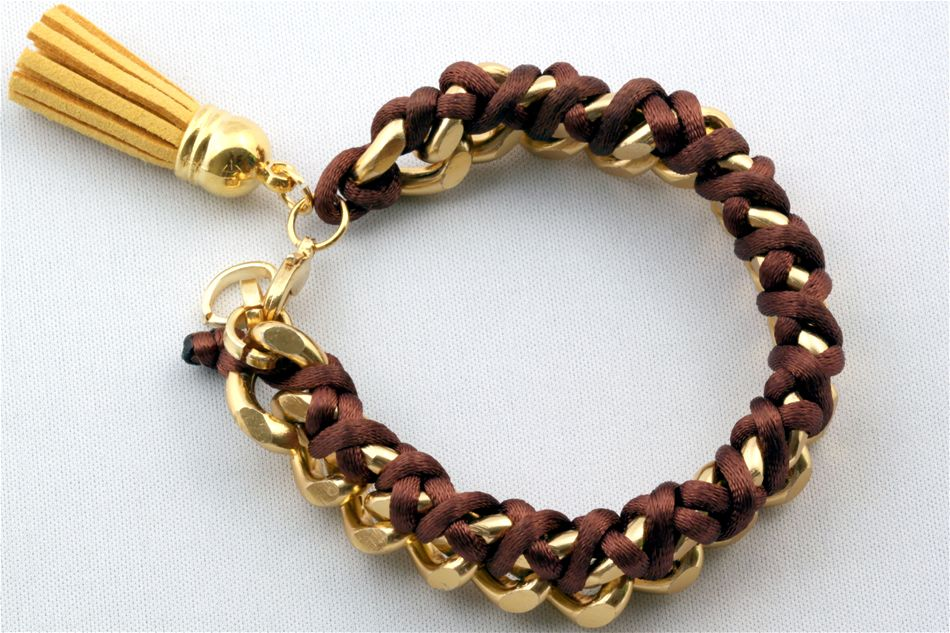 Bracelet chain with cord