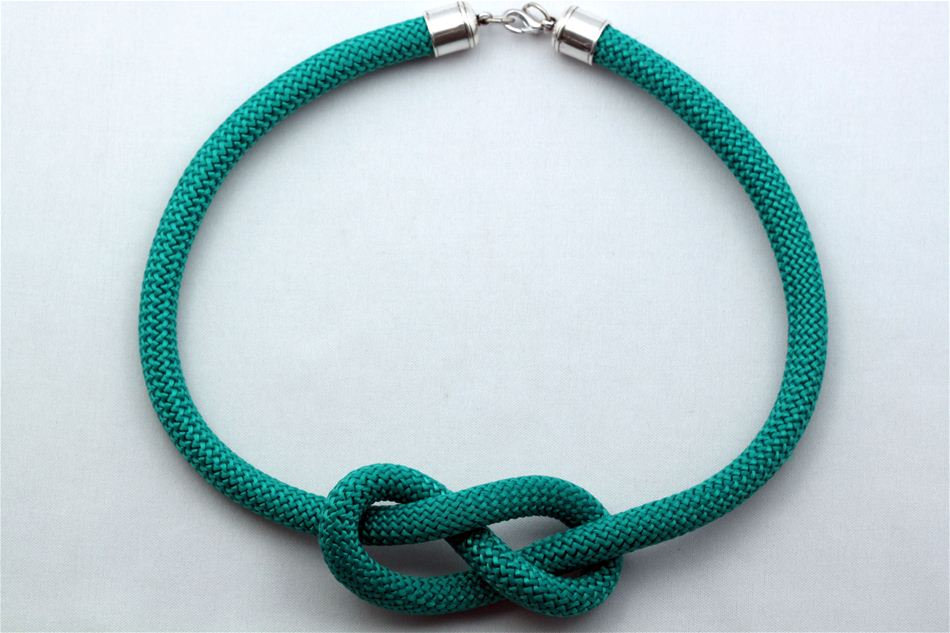 Necklace with knot